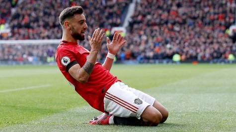 Fernandes impresses as United brush aside Watford